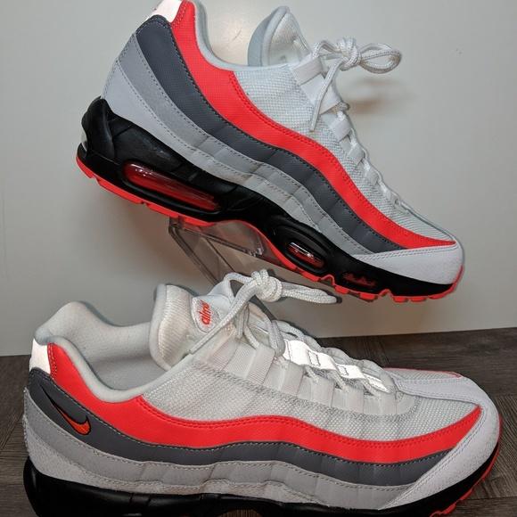 Nike Air Max 95 Essential WhiteBright CrimsonBlk NWT